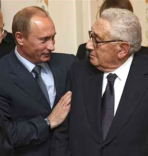 putin y kissinger